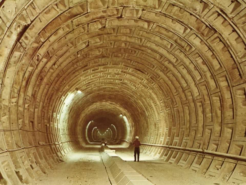1973 : construction du RER entre la section Etoile et La Défense, Paris (75)