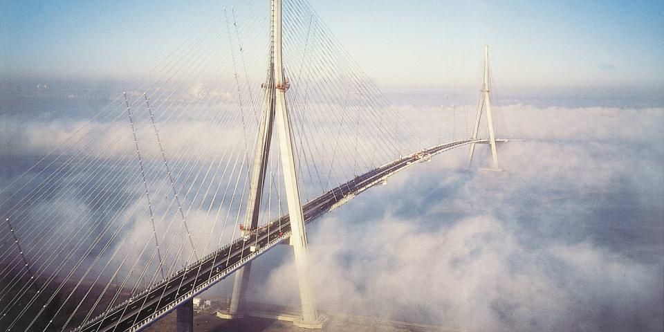 1990 - 1995 : construction du Pont de Normandie